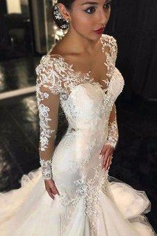 Langärmeliges Natürliche Taile Tüll Brautkleid mit Bordüre mit V-Ausschnitt