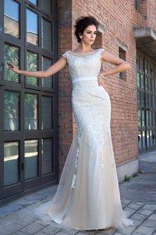 Reißverschluss Empire Taille Sweep train Sittsames Brautkleid mit Kurzen Ärmeln