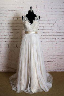 Halle Bodenlanges Pompöse Brautkleid mit Gürtel mit Applikation