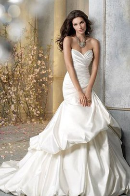 Rückenfreies Pick-Ups Luxus Brautkleid mit Tiefer Taille mit Herz-Ausschnitt