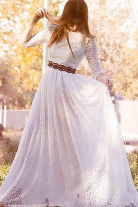 A-Line Spitze Sweep Zug Konservatives Brautkleid mit Schleife