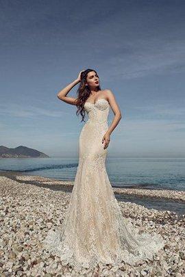 Enges Strand Sweep Train Brautkleid mit Rücken Schnürung mit Applikation