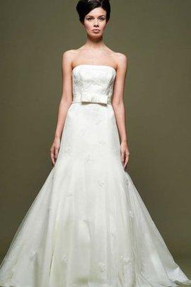 A-Line Normale Taille Satin Bodenlanges Brautkleid mit Applike