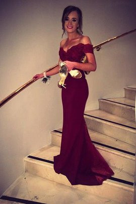 Ärmelloses Perlenbesetztes Sweep Train Schulterfrei Abendkleid mit Bordüre