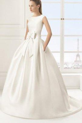 Satin Schick Romantisches Brautkleid mit Gürtel mit Knöpfen