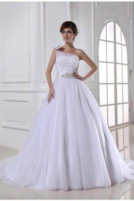 Duchesse-Linie Satin Ärmellos Brautkleid mit Perlen mit Kapelle Schleppe