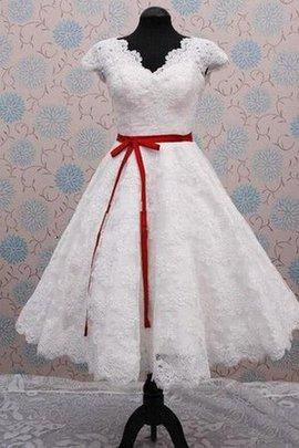 Reißverschluss Prächtiges Wadenlanges Brautkleid mit V-Ausschnitt mit Gekappten Ärmeln