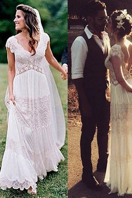 Wunderbar Prinzessin Kurze Ärmeln A-Line V-Ausschnitt Gerüschtes Bodenlanges Brautkleid