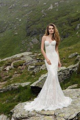 Reißverschluss Gericht Schleppe Bodenlanges Schlichtes Brautkleid mit Applike