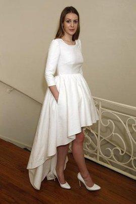 Klassisches Dreiviertel Länge Ärmeln Plissiertes Extravagantes Konservatives Brautkleid