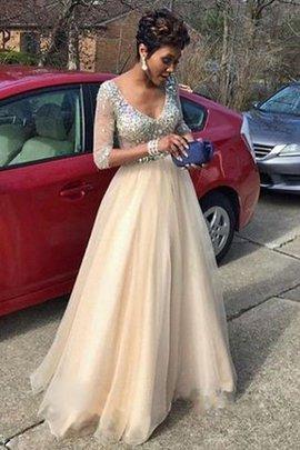 Normale Taille Langärmeliges Perlenbesetztes Bodenlanges Abendkleid aus Tüll