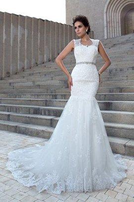 Ärmelloses V-Ausschnitt Kapelle Schleppe Empire Taille Brautkleid mit Applike