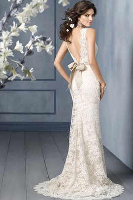 Bateau Ärmellos Romantisches Elegantes Brautkleid mit Tiefem V-Ausschnitt