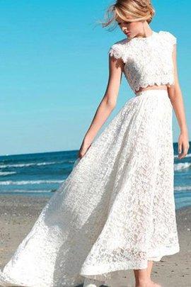 Spitze Juwel Ausschnitt Sweep Zug Informelles Brautkleid mit Bordüre
