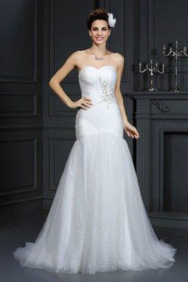 Enges Normale Taille Herz-Ausschnitt Brautkleid mit Perlen mit Gericht Schleppe