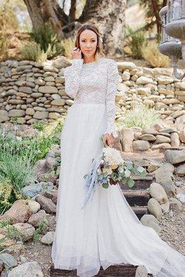Klassisches Gericht Schleppe Sweep Train Brautkleid aus Tüll mit Reißverschluss