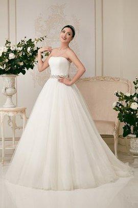 Trägerloser Ausschnitt Tüll Normale Taille Brautkleid ohne Ärmeln mit Kristall