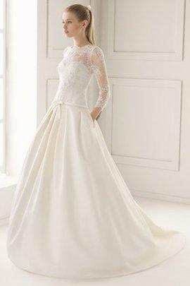 Gerüschtes Hoher Ausschnitt Elegantes Brautkleid aus Satin mit Bordüre