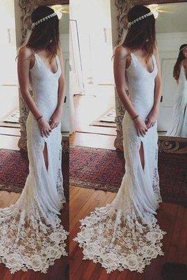 Normale Taille Gericht Schleppe Enges Brautkleid mit Bordüre mit Spaghettiträger