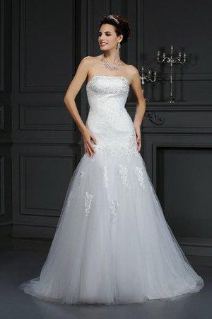Satin Enges Trägerloser Ausschnitt Brautkleid mit Bordüre mit Rücken Schnürung eAcMC2