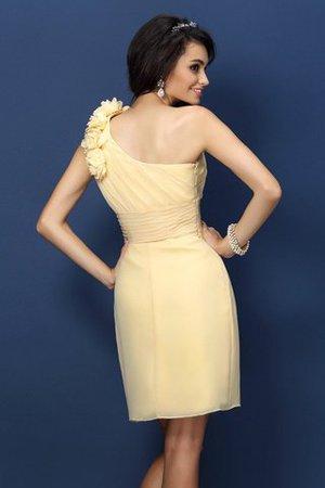 Chiffon Normale Taille Ein Schulterfreies Kurzes Brautjungfernkleid mit Blume RcvOvWLv0