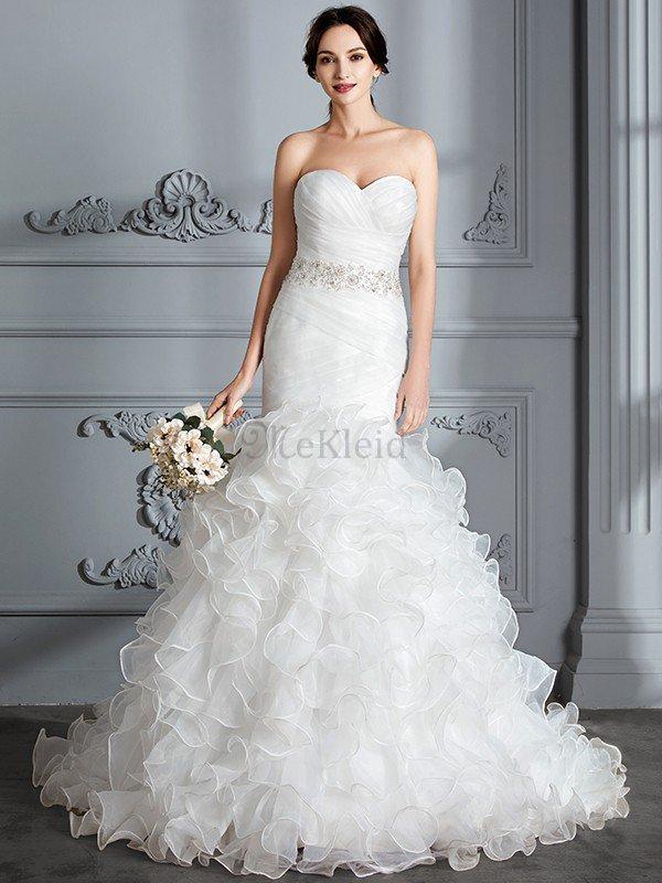 Normale Taille Herz-Ausschnitt Meerjungfrau Stil Brautkleid aus Satin mit Rüschen